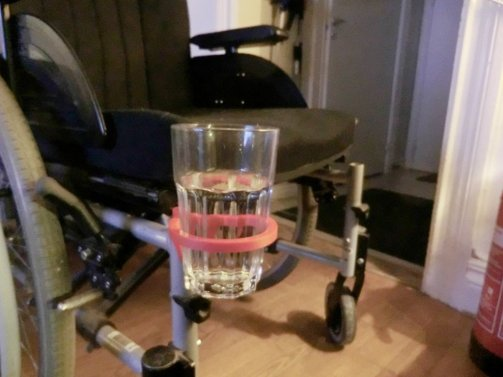 3d print Wheelchair cup holder 2
