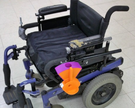 3d print wheelchair dog treat dispenser